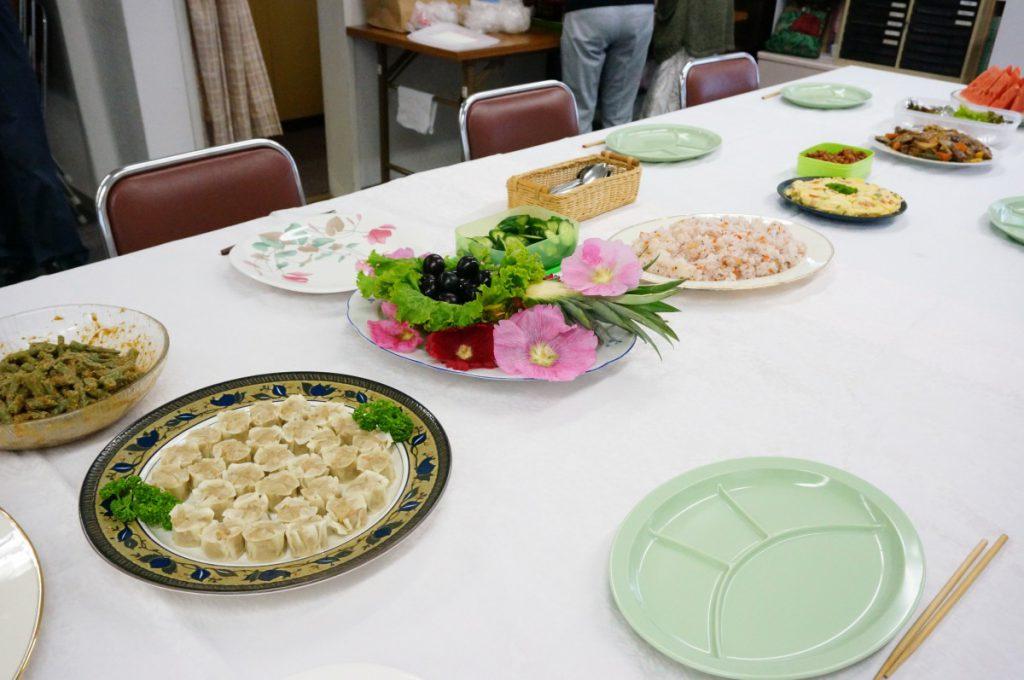 その後の愛餐会。お料理がすごい!!